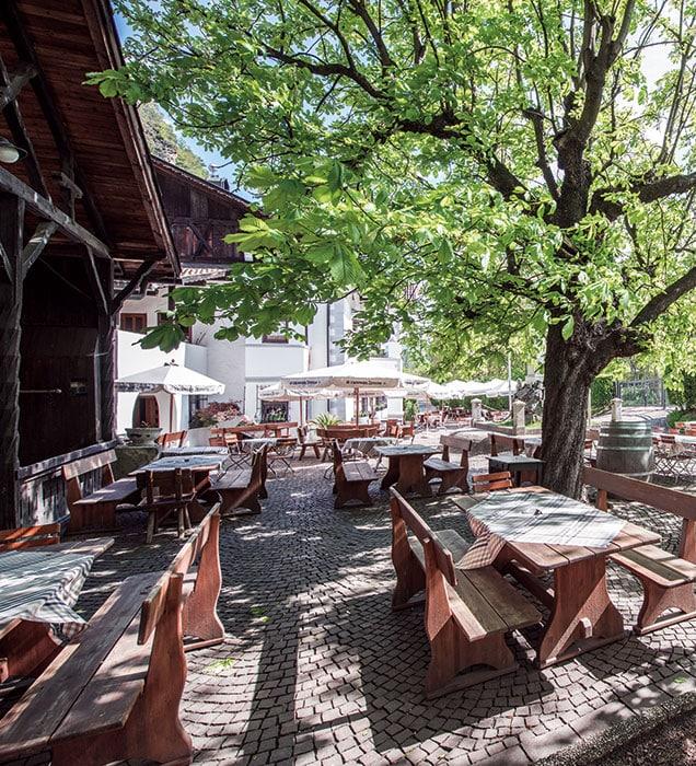 restaurant-gastgarten-01