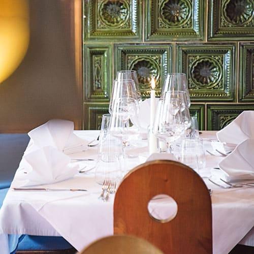 restaurant-gaststube-02