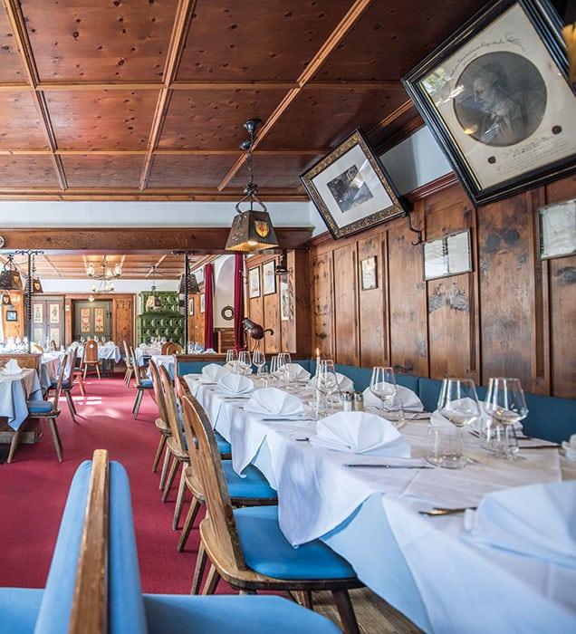 restaurant-gaststube-03